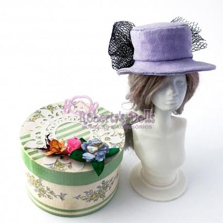 Chapéu em crepe lilás